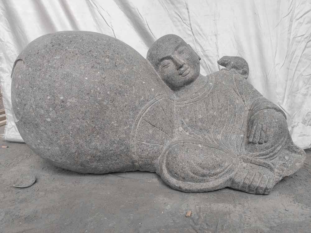 statue zen en pierre de jardin moine shaolin 1 m. Black Bedroom Furniture Sets. Home Design Ideas