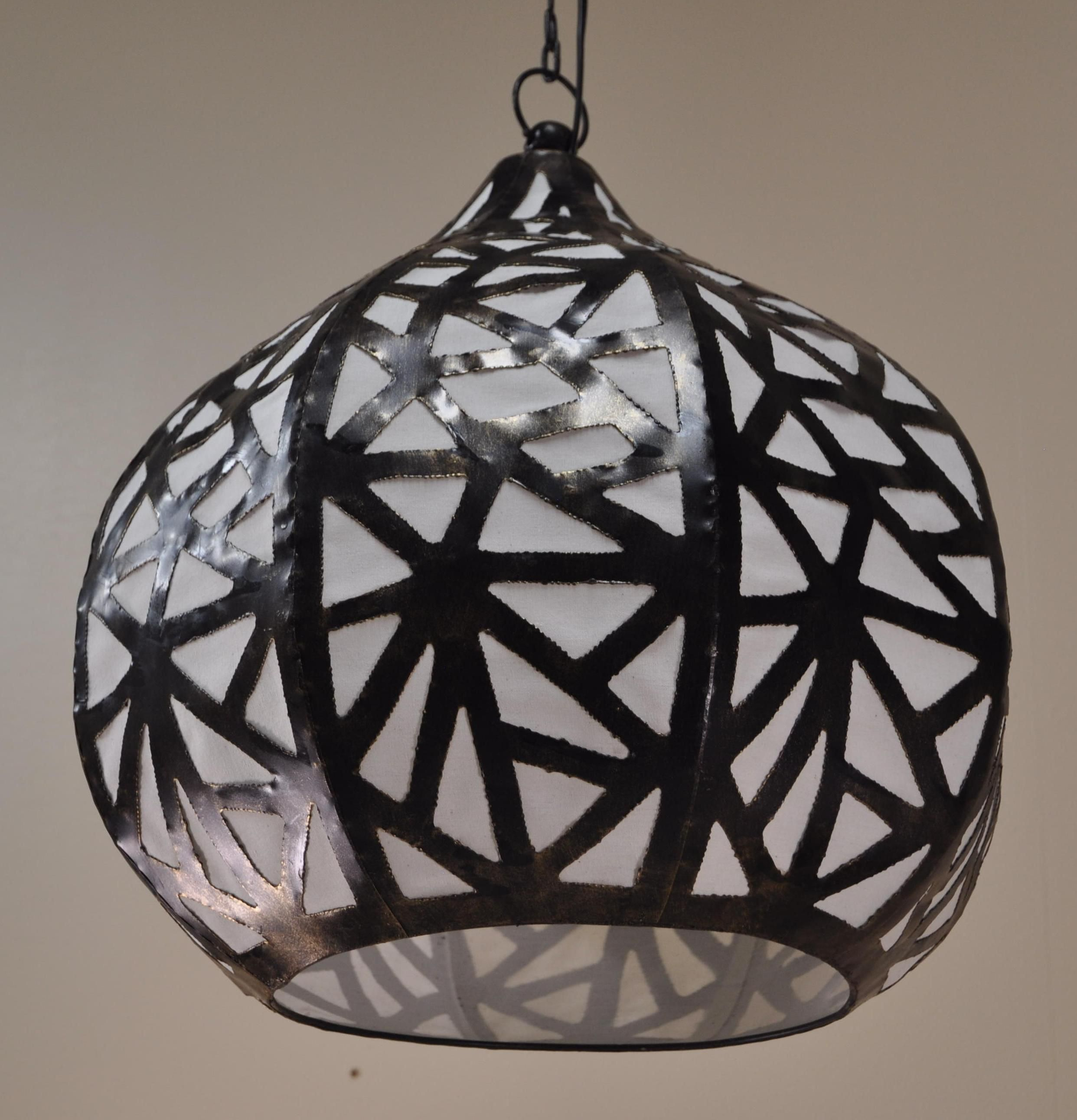luminaire lustre suspendu acier rond blanc d 40 cm h 45 cm 1573. Black Bedroom Furniture Sets. Home Design Ideas