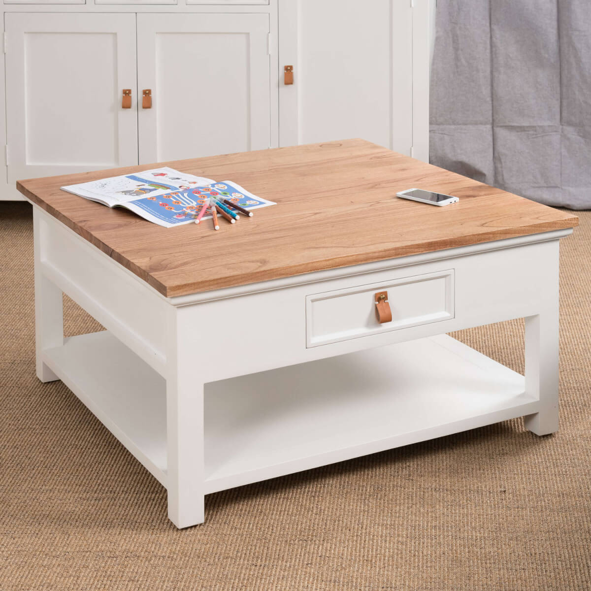 Table basse blanche table basse acajou carr e bois for Table de salon en bois