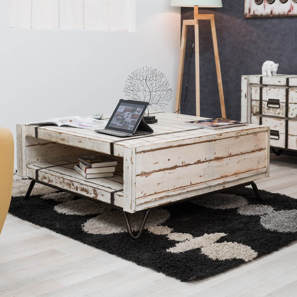 table basse industrielle meuble en bois rectangle blanche mindi loft 1 m. Black Bedroom Furniture Sets. Home Design Ideas