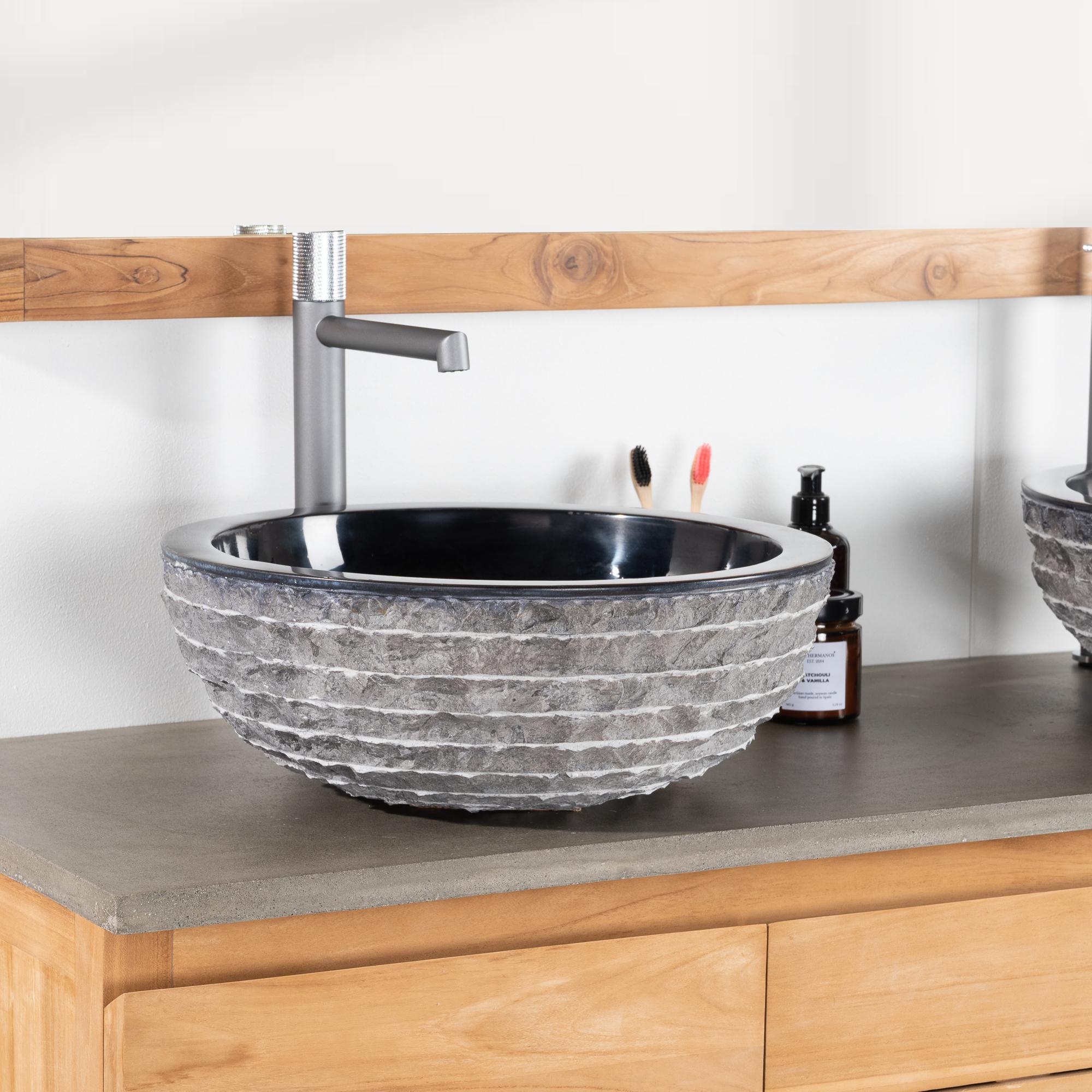 vasque poser en marbre v suve vasque ronde noire d. Black Bedroom Furniture Sets. Home Design Ideas