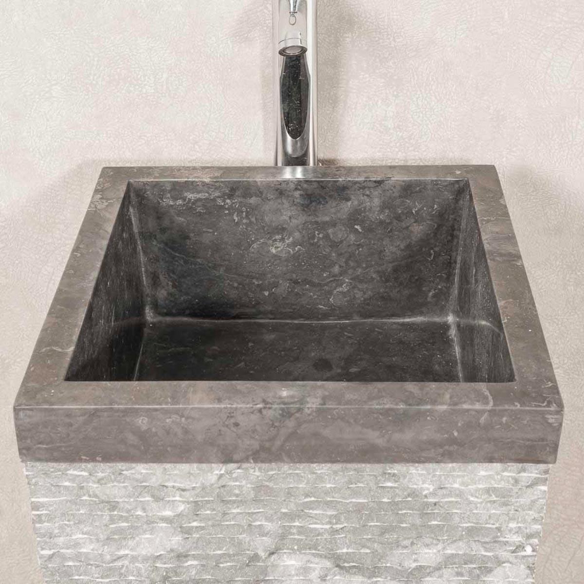vasque sur pied en marbre havana carr e noire d 40 cm. Black Bedroom Furniture Sets. Home Design Ideas